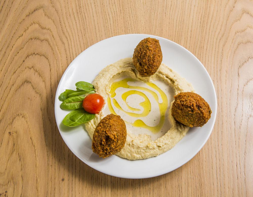 hummus und falafel momen food
